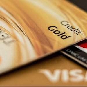 the top best credit cards for college students in Canada looking to repair bad credit, fair credit or simply just build their credit. these no fee credit cards have no income requirement and are ideal for newcomers to canada