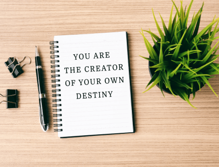 50 inspiring and motivational life quotes for collge and university students to keep them feeling positive and encouraged to achieve their dreams and goals